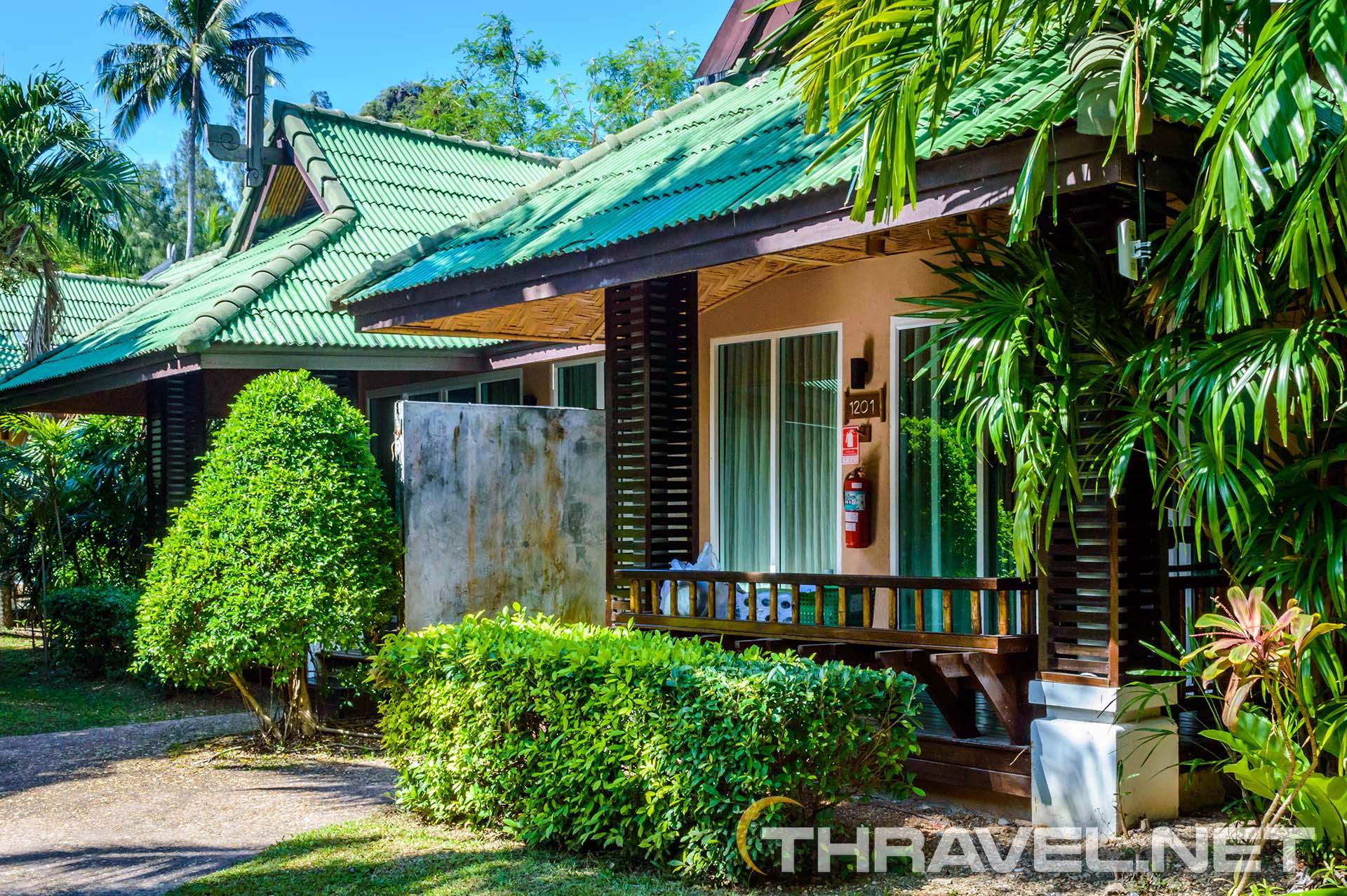 Railey-bay-resort-villa-garden.
