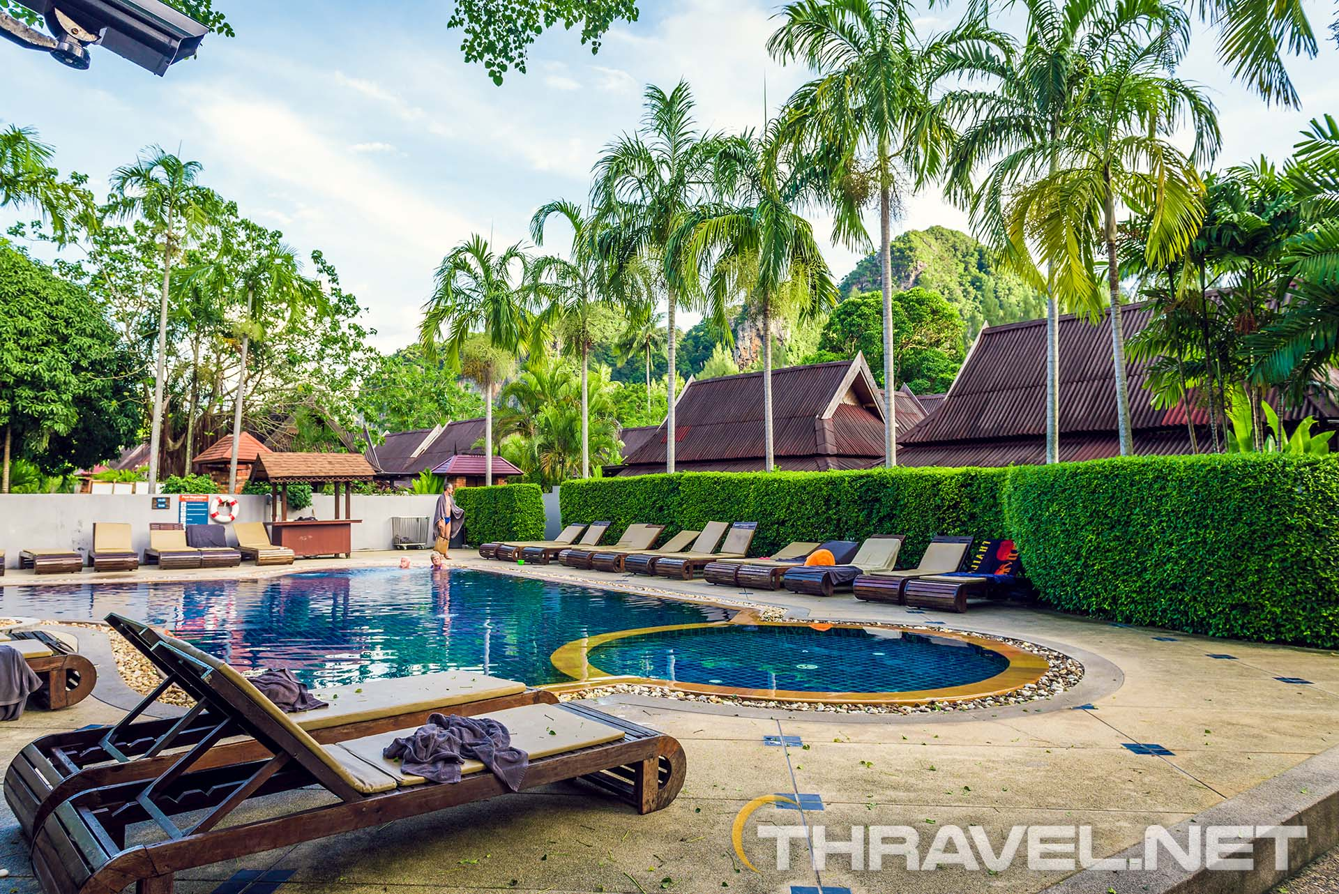 Railey-beach-hotels-pool-view