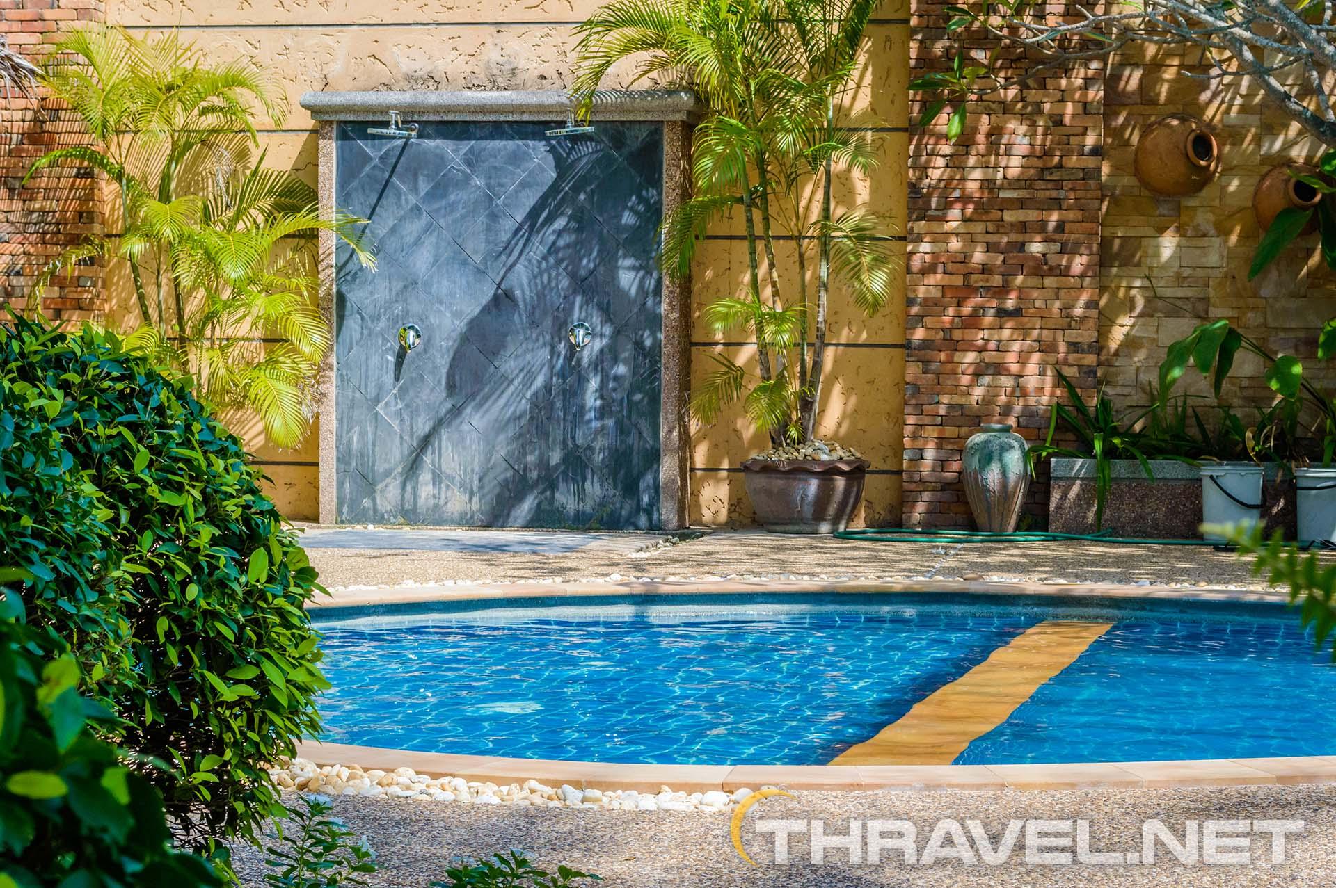 Railey-village-Krabi-pool