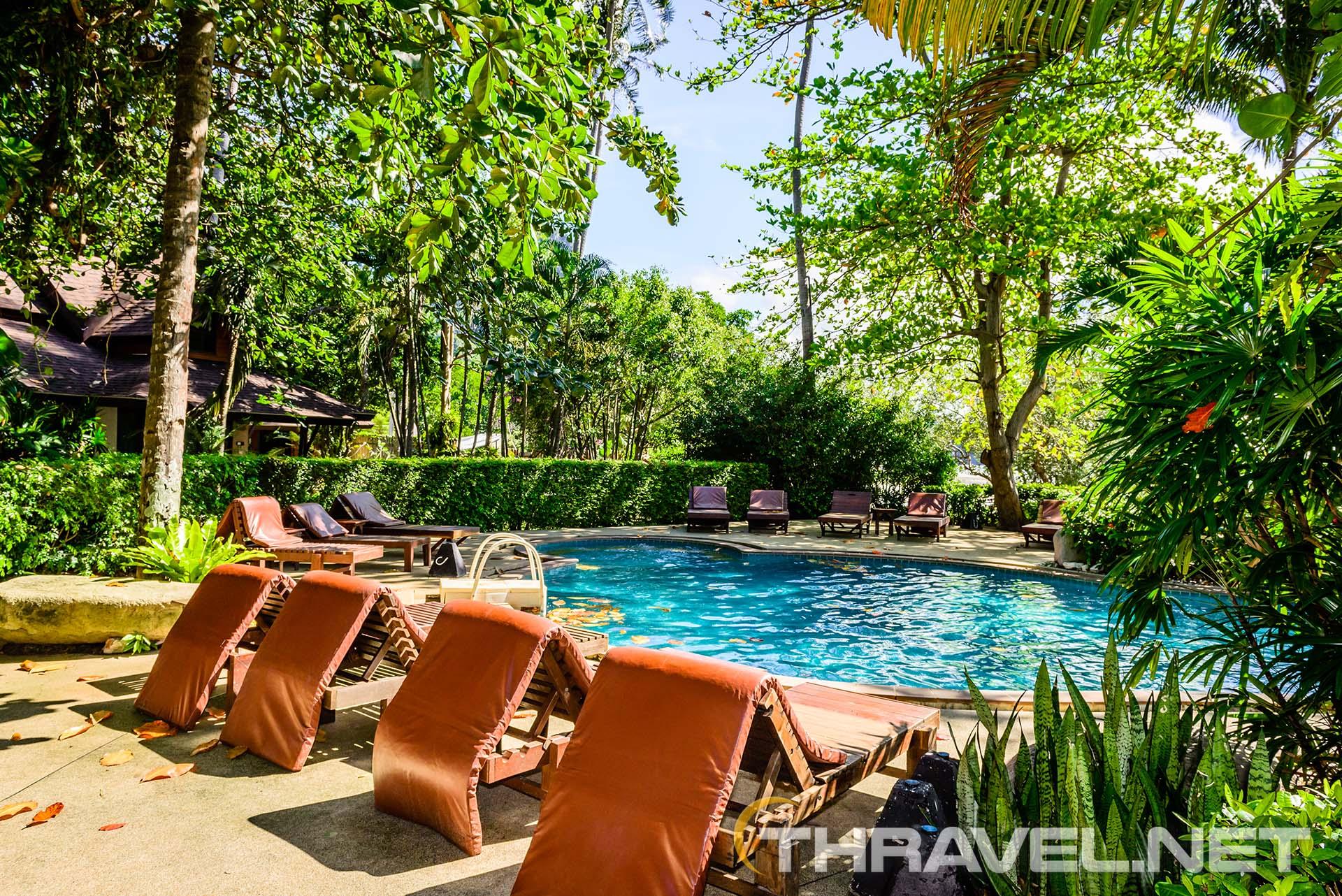 Sunset-Tropical-Resort-Railey-pool