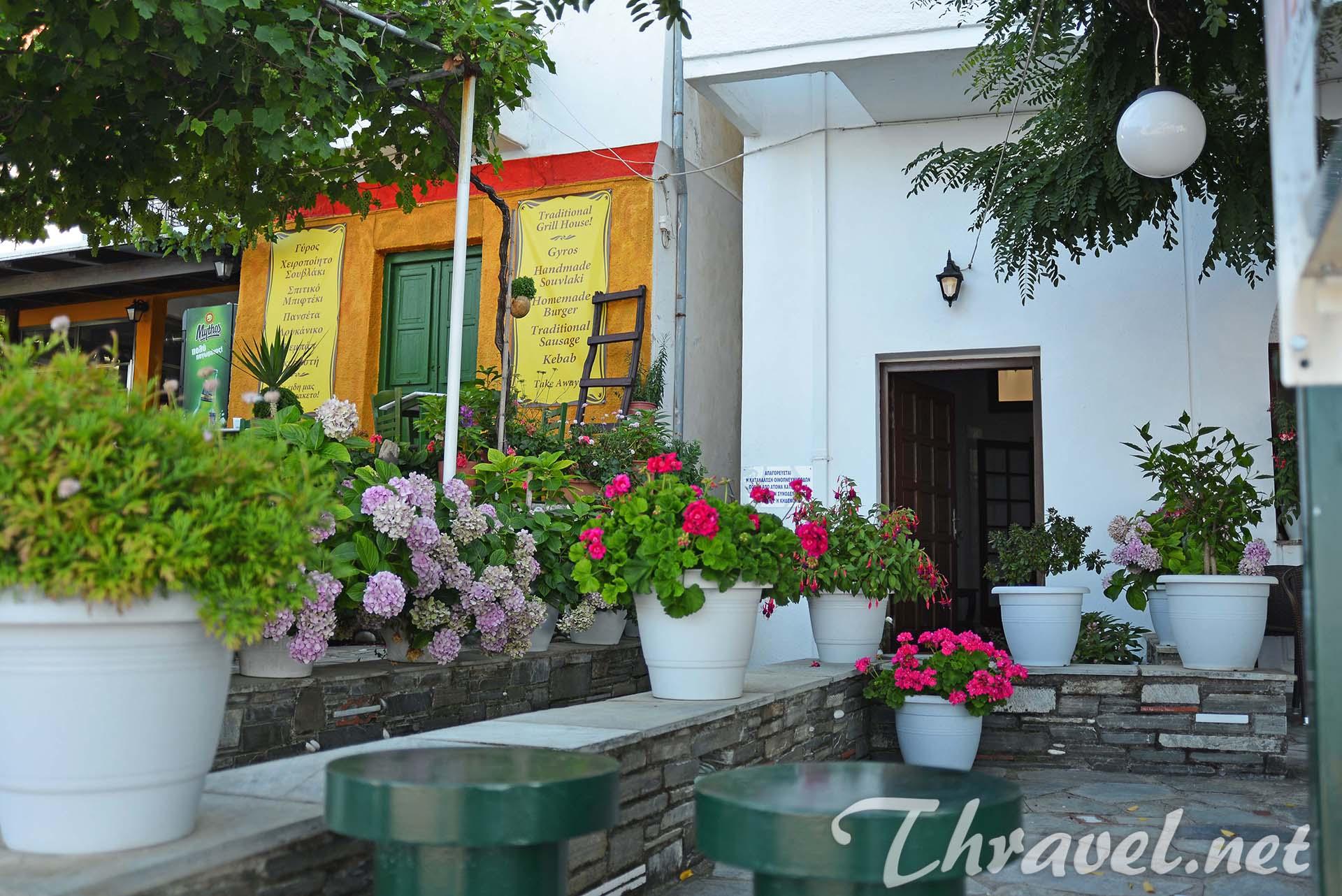 hotel-evripides-garden
