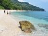 plaka-beach-east-peloin