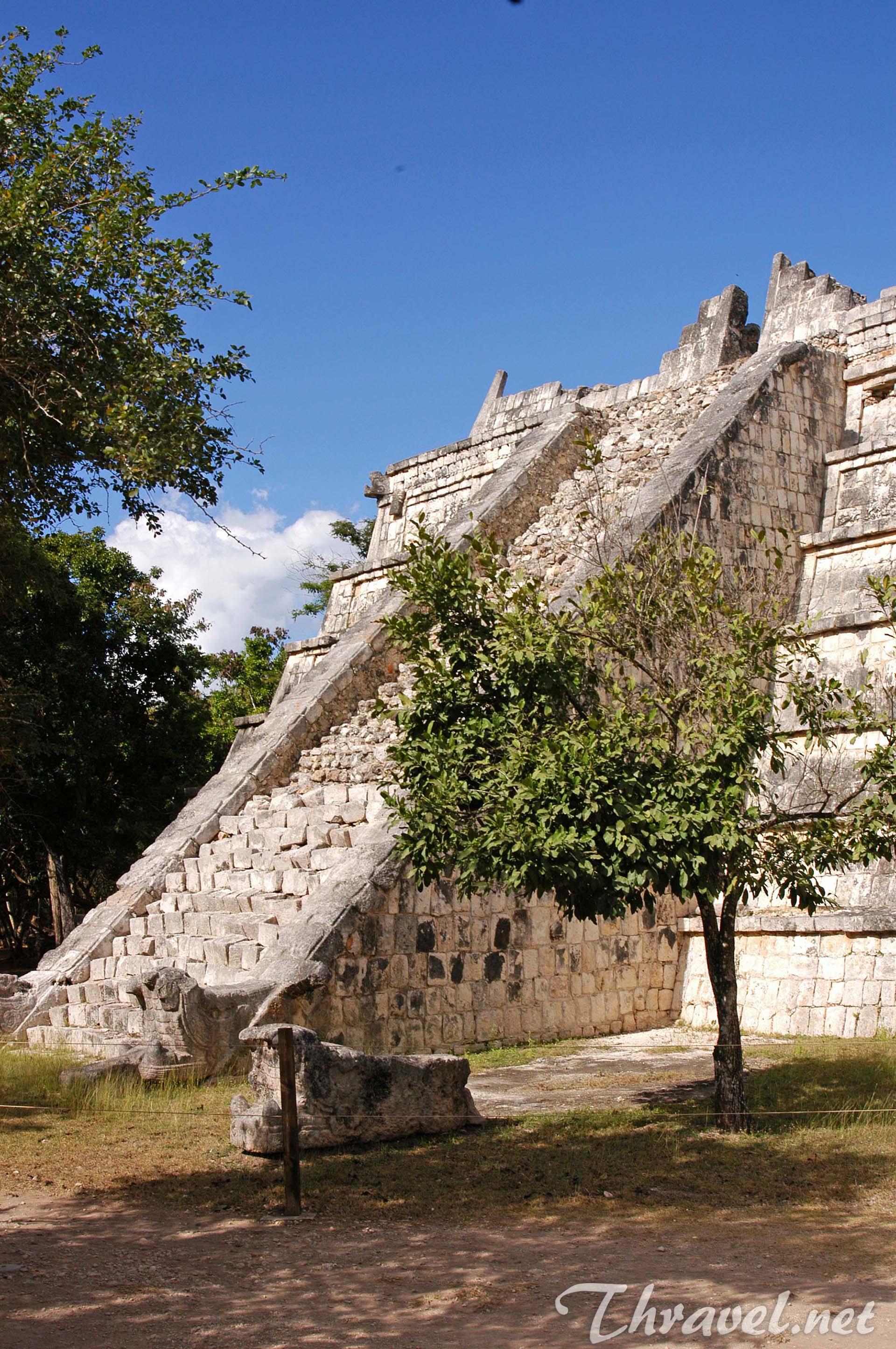 chichen-itza-mexico-yucatan-07