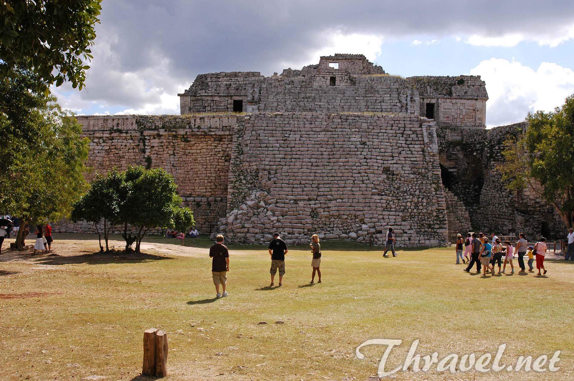 chichen-itza-mexico-yucatan-12
