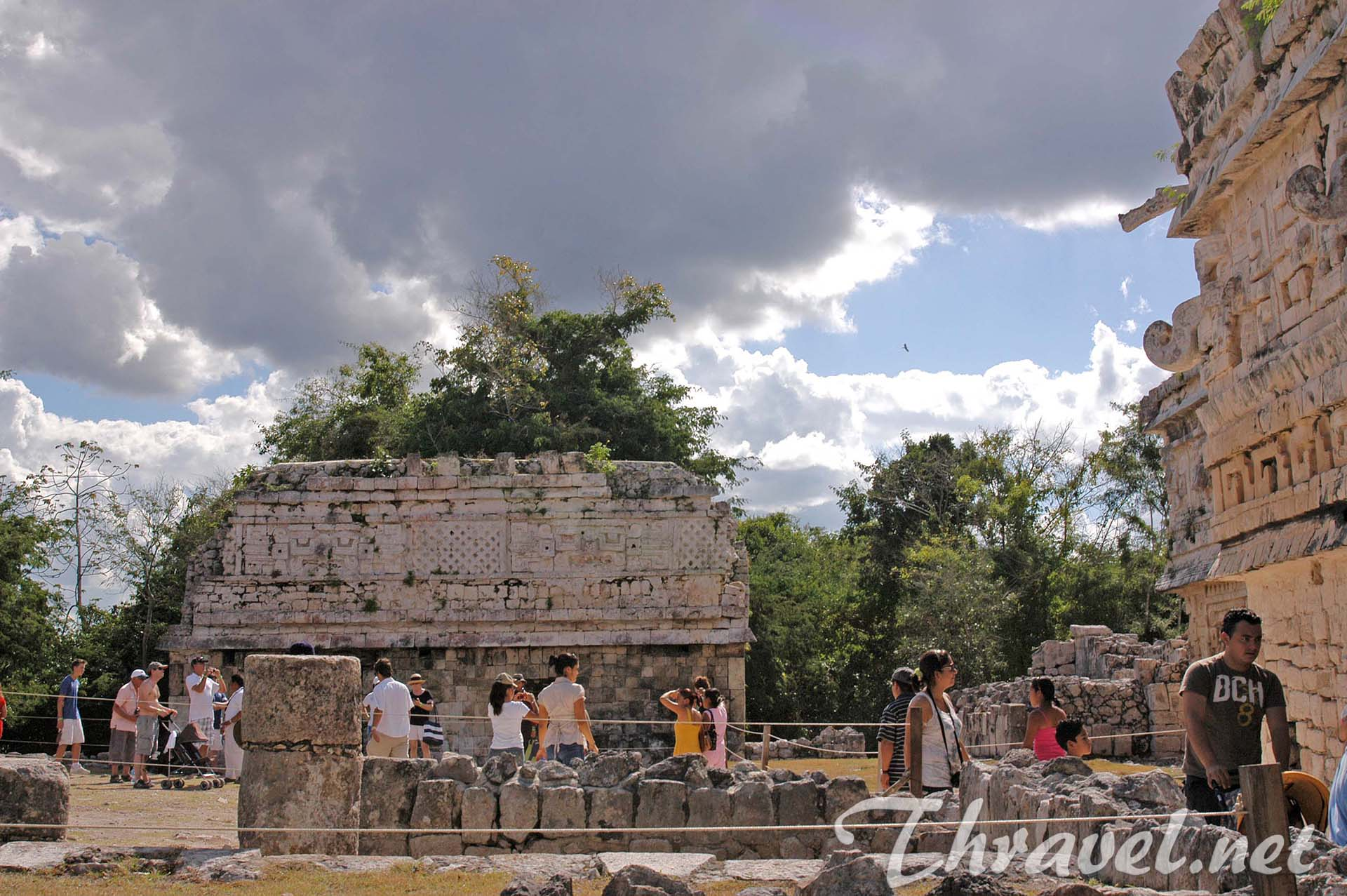 chichen-itza-mexico-yucatan-14