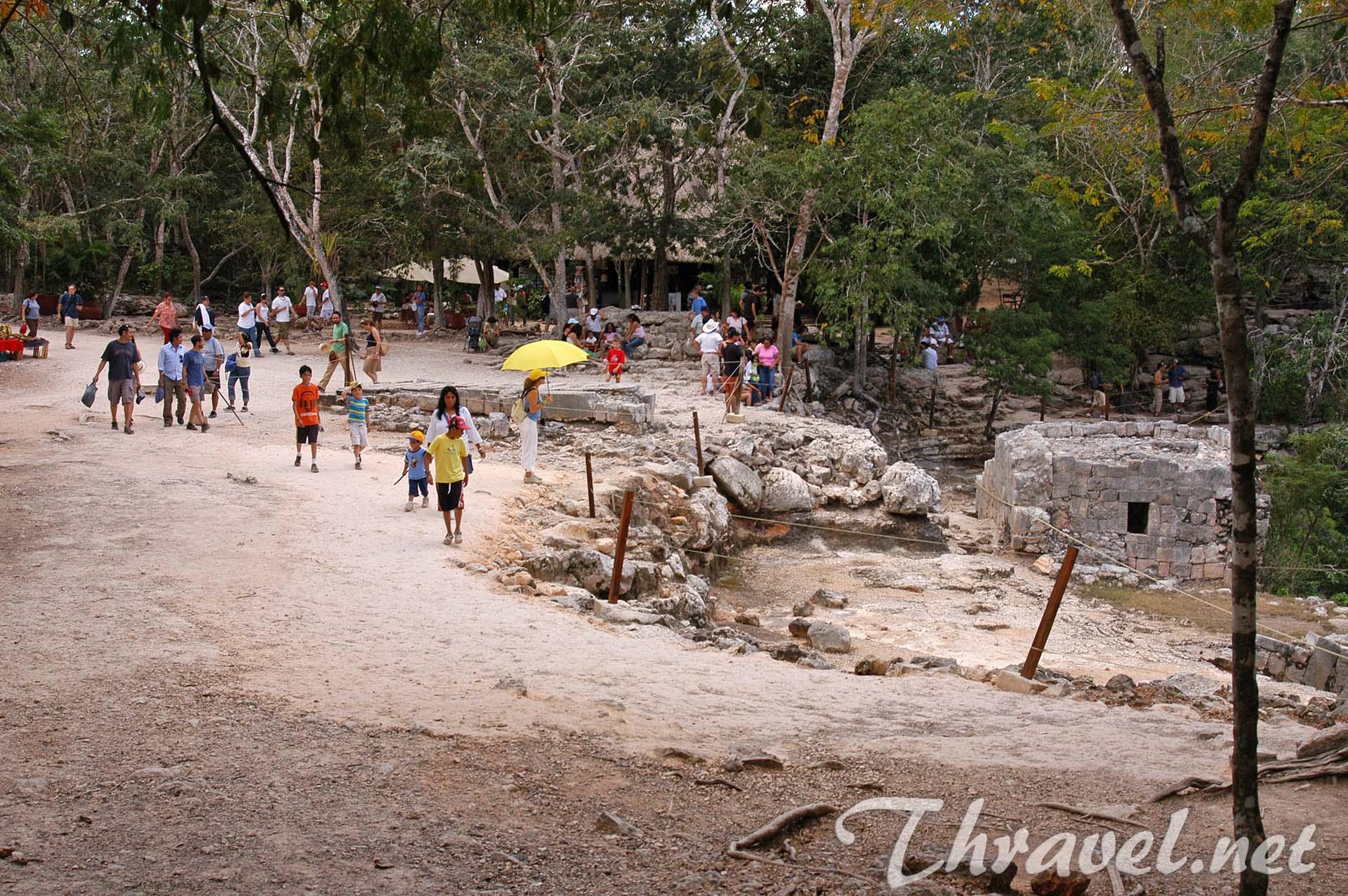 chichen-itza-mexico-yucatan-25