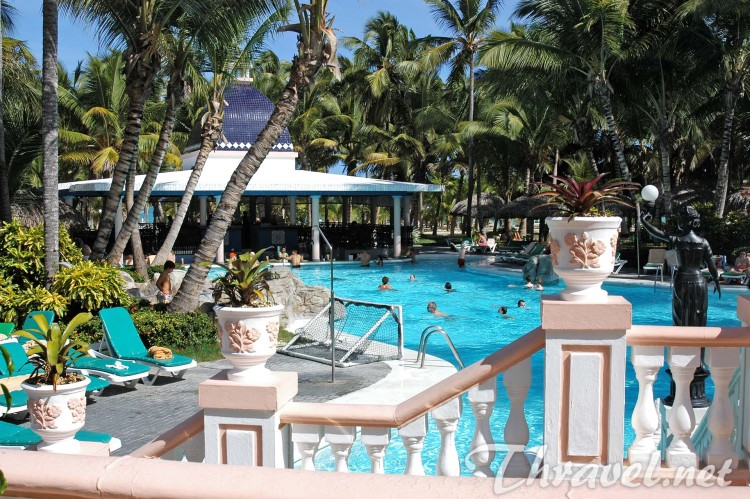 hotels Riu Bambu swmming pool