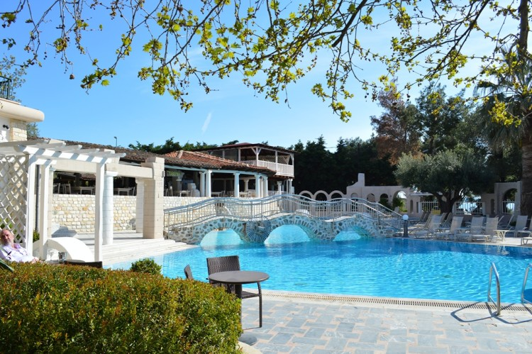 Athena Pallas swimming pool photo
