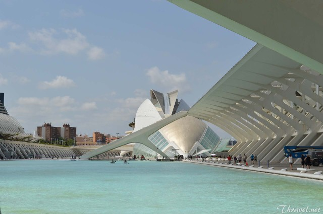 Valencia Science and Art museum photo