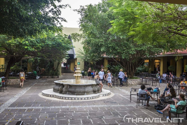 Viva Windham Azteca hotel - lobby bar