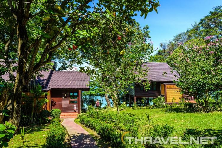 Phi Phi Natural Resort - cottages