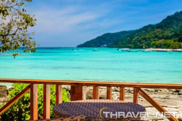 Phi Phi Natural Resort - reception view