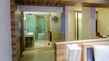 Holiday Inn Resort Phuket Mai Khao Beach Review