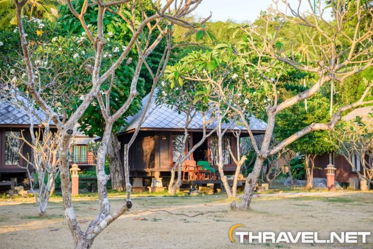 thanya-beach-resort